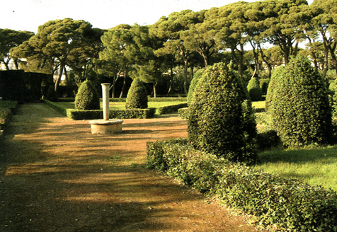 Quei giardini gioiello dove dietro la pianta spunta l 39 autore for Pietro porcinai
